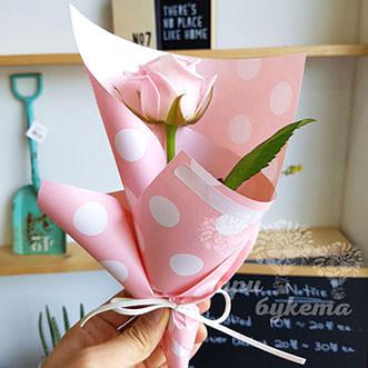 Мини-букет из розы Эквадор