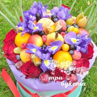 frukty-i-irisy-v-shlyapnoj-korobke